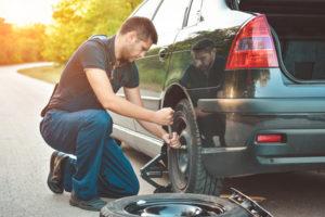 So wechseln Sie die Reifen Ihres Autos aus